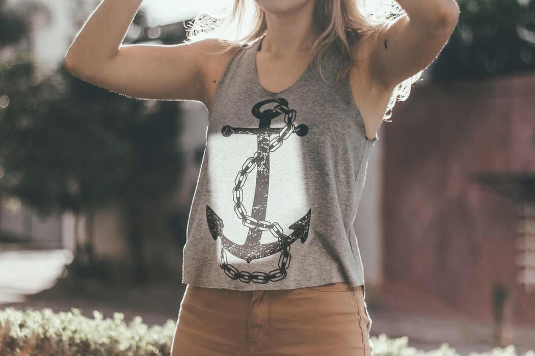 Anchor symbol in fashion