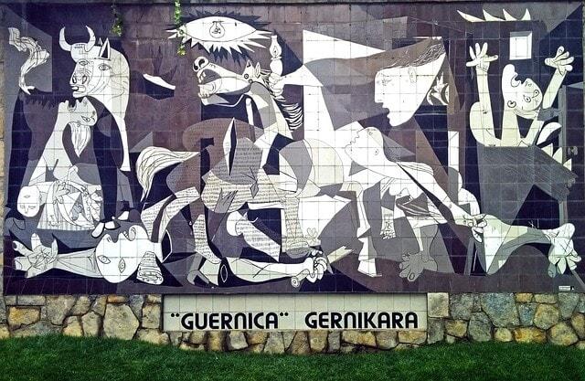 Geurnica replica gray color