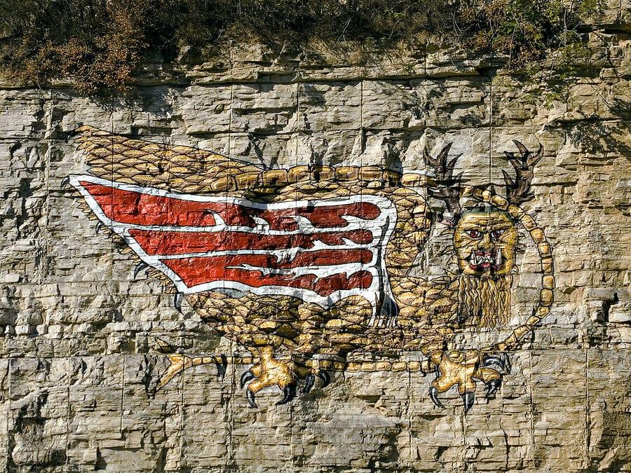 Piasa bird dragon