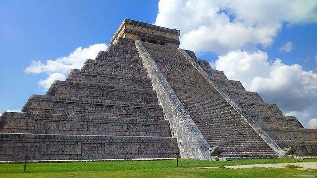 Temple of kukulkan