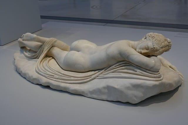 Aphrodite beauty goddess