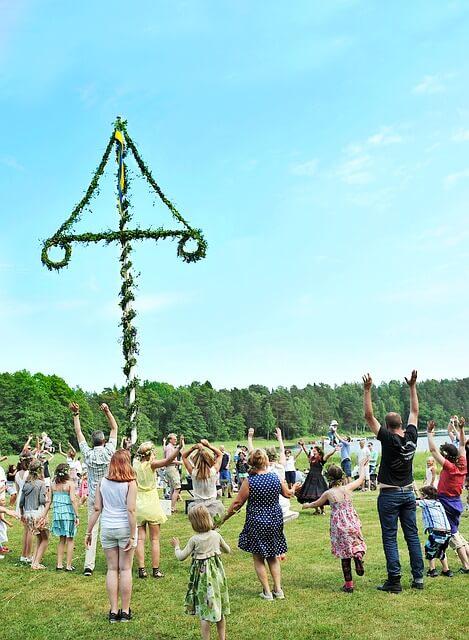 Maypole dancing Delaware state