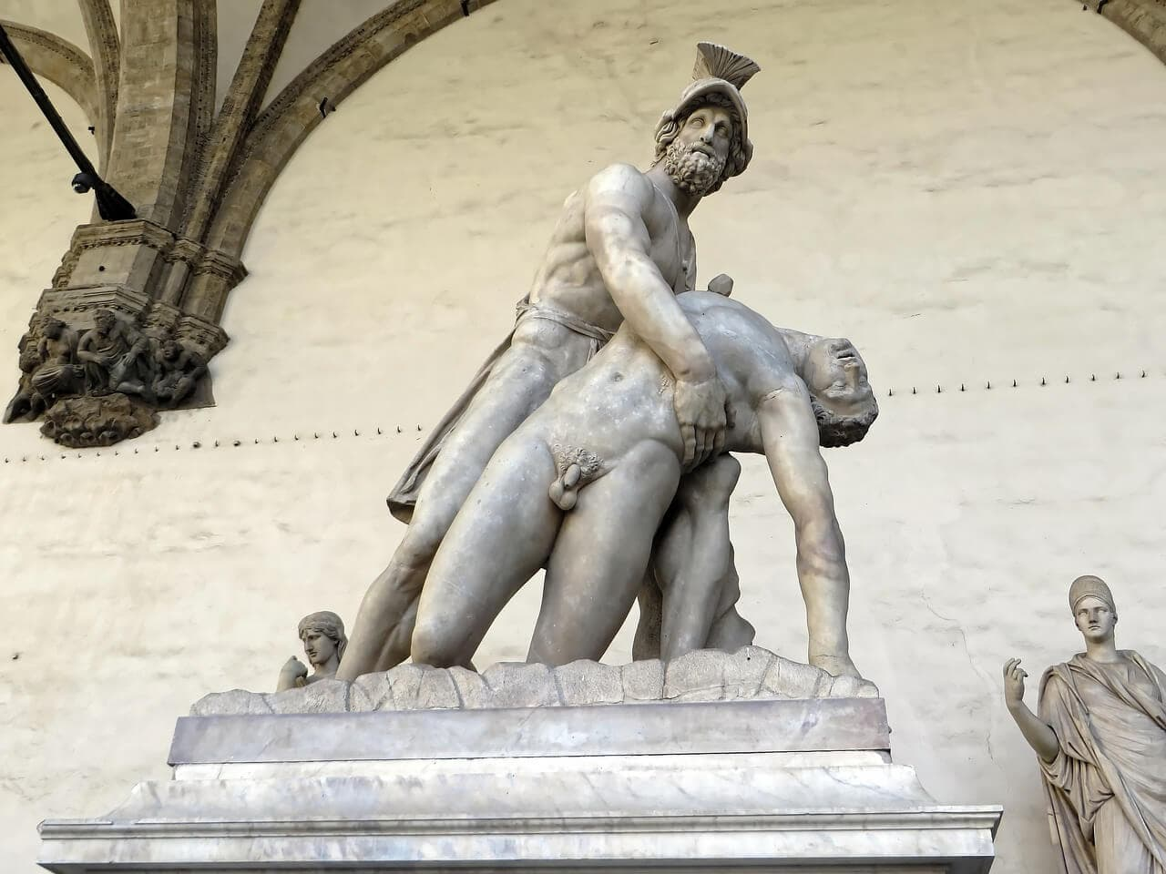 Menelaus carries Patroclus