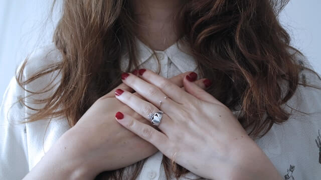 Claddagh ring meaning trust