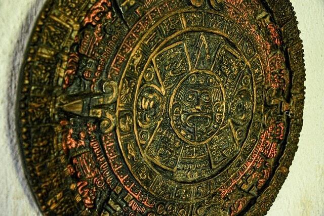 Mayan calendar symbol