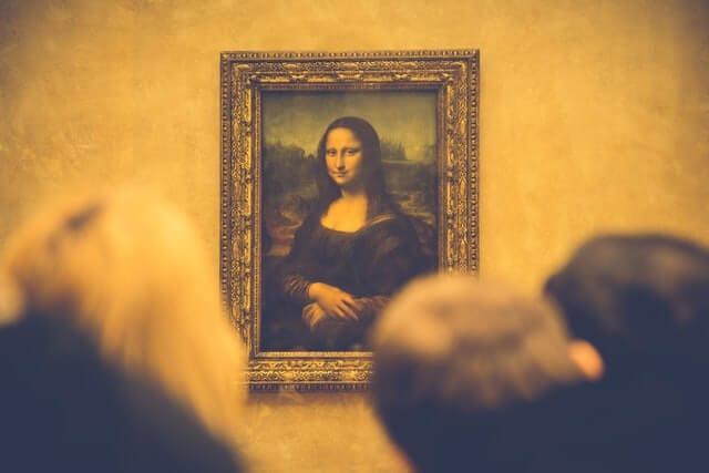 Da Vinci paintings and golden spiral