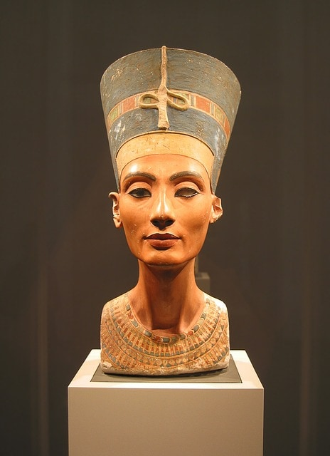 Nefertiti woman warrior