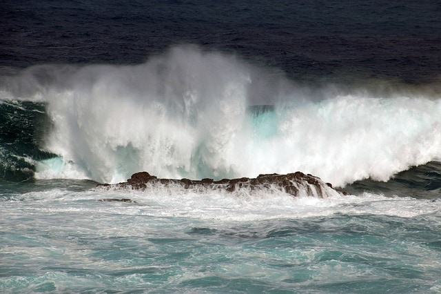 Neutral meanings of big waves
